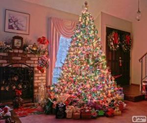 Rompicapo di Abete di Natale decorato