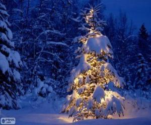 Rompicapo di Albero di Natale innevato