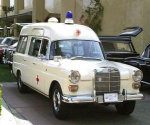 Rompicapo di antica ambulanza
