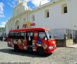 Rompicapo di Antigua City Tour, Bus
