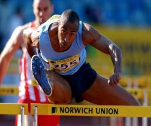 Rompicapo di Atleta che salta una barriera