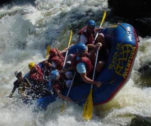 Rompicapo di Avventurieri lungo il fiume con un gommone