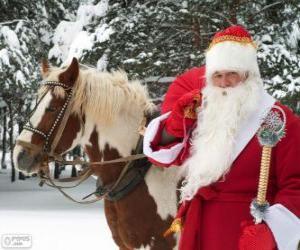 Rompicapo di Babbo Natale accanto a un cavallo