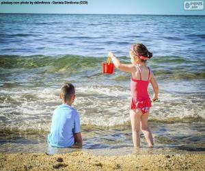 Rompicapo di Bambini che godono della spiaggia