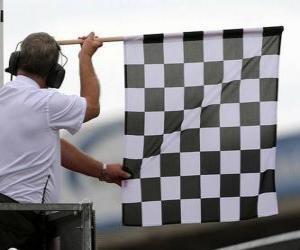 Rompicapo di Bandiera a scacchi, questa bandiera è mostrata alla fine della gara