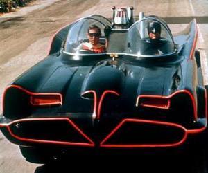 Rompicapo di Batman e Robin nel suo Batmobile