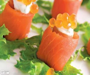 Rompicapo di Canapè con salmone e formaggio