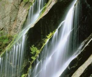 Rompicapo di Cascata di acqua