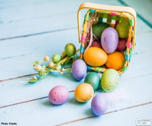 Rompicapo di Cestino con le uova dipinte