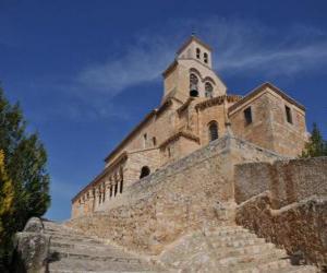 Rompicapo di Chiesa romanica costruita in pietra