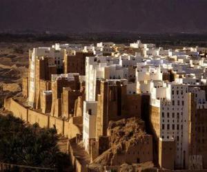 Rompicapo di Città Vecchia murato Shibam, Yemen.