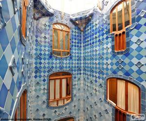 Rompicapo di Cortili, Casa Batlló