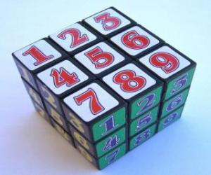 Rompicapo di Cubo di Rubik con numeri
