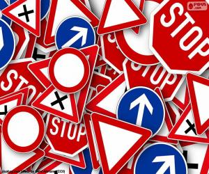 Rompicapo di Diversi segnali stradali