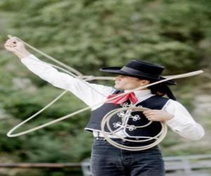 Rompicapo di Donne cowboy che tira il lasso