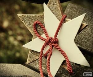 Rompicapo di Due stelle di legno