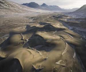 Rompicapo di dune di sabbia Frozen a Victoria Valley