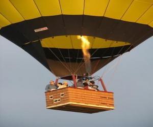 Rompicapo di Famiglia volando in mongolfiera