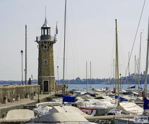 Rompicapo di Faro a Desenzano del Garda, Italia