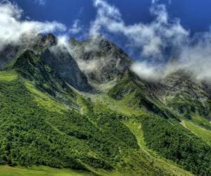 Rompicapo di Il Colle des Aravis è un passo di montagna nelle Alpi francesi