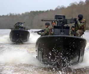 Rompicapo di Imbarcazioni militari