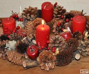 Rompicapo di La Corona dell'Avvento è una tradizione natalizia tipica soprattutto dei paesi di cultura anglosassone e germanica