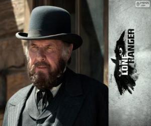 Rompicapo di Latham Cole (Tom Wilkinson) nel film Lone Ranger