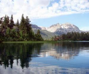 Rompicapo di Le tranquille acque di un lago
