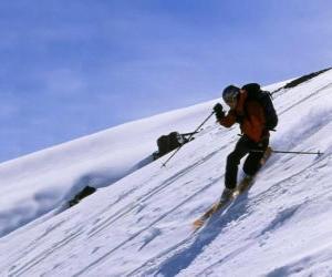 Rompicapo di Lo sci telemark è una tecnica che è nata nel 1825, considerato il padre dello sci moderno