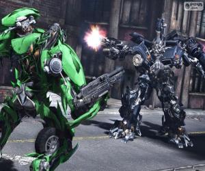 Rompicapo di Lotta tra due Transformers