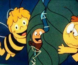 Rompicapo di Maia e Willy aiutando un verme