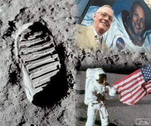 Rompicapo di Neil Armstrong (1930-2012) è stato un astronauta della NASA e il primo uomo a mettere piede sulla Luna il 21 luglio 1969, la missione Apollo 11