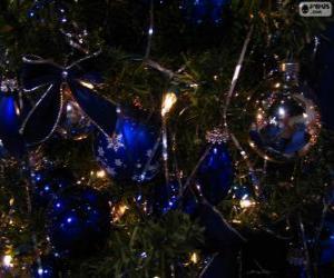 Rompicapo di Palline blu decorare un albero di Natale