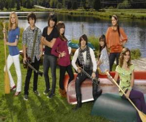 Rompicapo di Personaggi di Camp Rock Tess, Nate, Shane, Mitchie, Jason, Ella, Peggy e Caitlyn