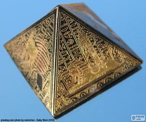 Rompicapo di Piramide a base quadrata