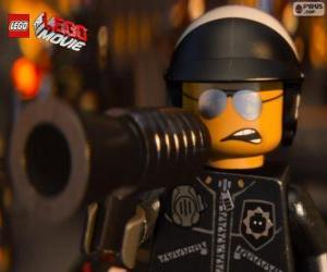 Rompicapo di Poliduro, Bad Cop, Lego il Film