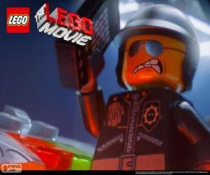 Rompicapo di Poliduro, il poliziotto cattivo, l'ufficiale di polizia del film Lego