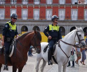 Rompicapo di Polizia municipale a cavallo, Madrid