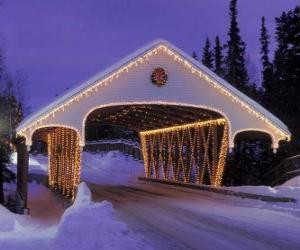 Rompicapo di Ponte coperto decorato per Natale