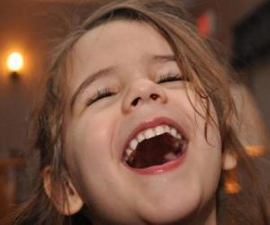 Rompicapo di Ragazza ridendo