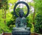 Gautama Buddha seduto