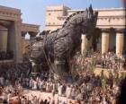 Il cavallo di Troia, un gigantesco cavallo con cavi di legno