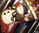 Stivale di Natale pieno di regali e decorazioni