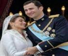 Il principe Felipe e la principessa Letizia al ballo di gala in atteggiamento di amore