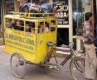 Autobus Scuola in India