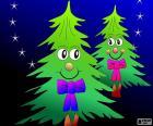 Felici due alberi di Natale decorati con una cravatta a farfalla