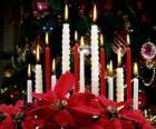 Candele di Natale che brucia
