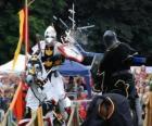 Due cavalieri a cavallo che partecipano a un torneo