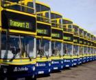 Autobus da Dublino nel parcheggio