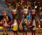 Gruppo di renne di Natale celebrare il Natale